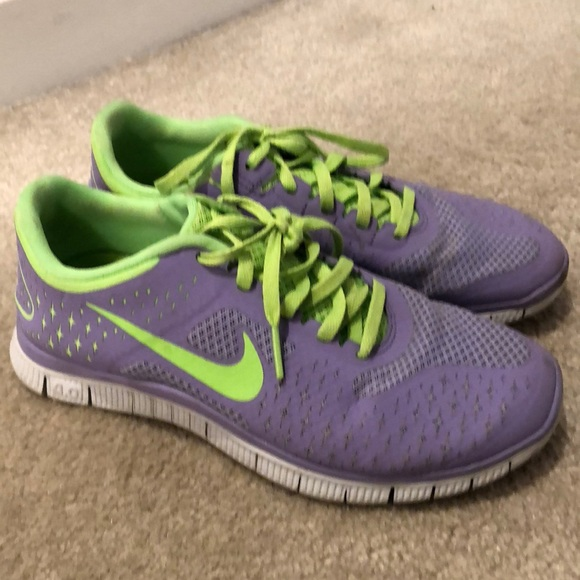 Nike Shoes Free Run Purple Neon OrangePoshmark Purple og Neon Green Free Run størrelse 65 Poshmark